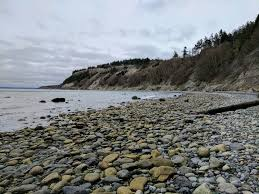 glass beach a hike and a treasure hunt on glass beach pacific north wanderers