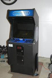 build your own arcade cabinet building your own arcade cabinet for geeks part 5 paint and art