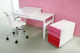 Kinderschreibtisch Ziggy Comfort Der Weiße Massivholz Schreibtisch Kinderzimmer 24 De