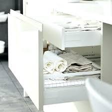 panier coulissant pour meuble de cuisine paniers coulissants pour meubles cuisine amenagement placard