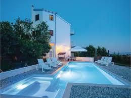 four bedroom apartment klis with sea view 07 croatia booking com