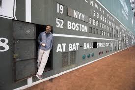 scoreboard operator tells the inside stories of fenway u0027s wall