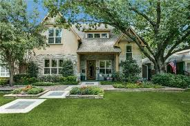what is a craftsman style home dallas tx craftsman style homes for sale