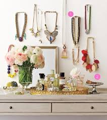 organizing your apartment artfully organize your accessories apartment therapy