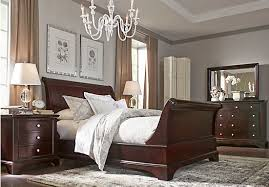 Rooms To Go Bedroom Sets King Whitmore Cherry 6 Pc King Sleigh Bedroom Bedroom Sets Dark Wood