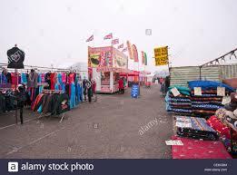 outdoor market bargain stock photos u0026 outdoor market bargain stock