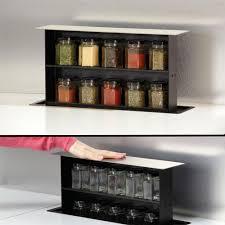 accessoire de cuisine rangement encastrable de cuisine en inox pour les epices