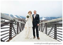 vermont wedding photographers looking for a ski winter loving vermont wedding photographer