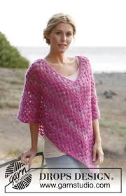 drops design poncho raspberry smoothie drops 137 25 free crochet patterns by drops