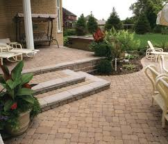 paving designs for backyard backyard pavers ideas garden barninc