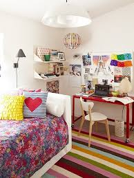 colorful striped rug and floral bedding set for simple teenage