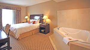 Hotels With Bathtubs For Two Hilton Garden Inn Cincinnati Blue Ash Hotel