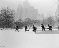 Worst Snowstorms In History álbum De Fotografias De Vintage Central Park In The Snow With