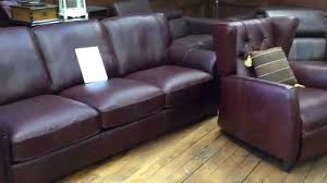 Sofas Chesterfield Style by Chesterfield By Natuzzi Editions And Classic Vintage Style