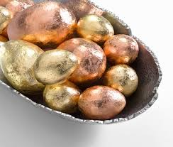 gold easter egg how to gold leaf easter eggs diycandy
