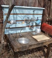 evier cuisine exterieure diy bricolage cuisine bois enfant lavabo évier extérieur étgère