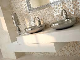 Bathroom Wall Tiles - Tiling bathroom wall