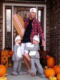 Family Of 3 Halloween Costumes 20 Diy Fun Family Costumes The Cow Country Housewife