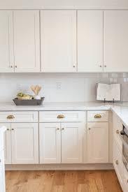 white kitchen cabinet hardware ideas 25 antique white kitchen cabinets for awesome interior home ideas