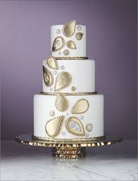 wedding cake jewelry photos gorgeous wedding cakes inspired by your favorite bridal