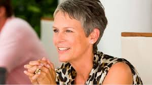 how to get jamie lee curtis hair color it s official jamie lee curtis and emma roberts to star in ryan