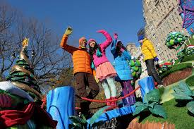 twist in nickelodeon at the 2011 macy s thanksgiving day parade