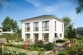 Reihenhaus Oder Einfamilienhaus Stadtvilla Bauen Ihre Villa In Massivbauweise Kern Haus