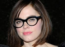 bob hairstyles for glasses the hottest celebrity hair styles with glasses hair styles with
