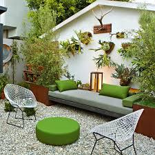 Backyard Garden Ideas For Small Yards 23 Small Yard Design Solutions Yards Backyard And Gardens