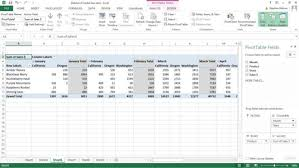 how do you refresh a pivot table how to refresh excel pivot table data dummies