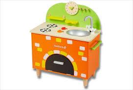 cuisine enfant jouet cuisine jouet pour enfant en bois hape