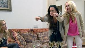 kyle richards hair extensions real housewives of beverly hills brandi unites kim and kyle on