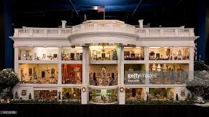 build scale model of the white house photos and images