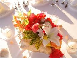 Seashell Centerpieces For Weddings by Beach Themed Centerpieces Conch Shell Centerpieces Weddings