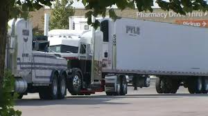 Trailers For Sale Near San Antonio Tx Officials 2 Survivors Found Inside Tractor Trailer Believed They