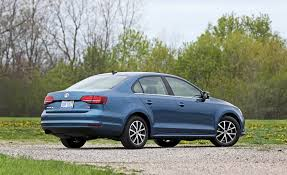volkswagen jetta 2017 2017 volkswagen jetta in depth model review car and driver