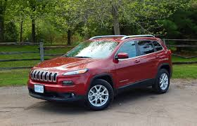jeep mini suv review 2014 jeep cherokee north 4 4 driving