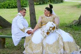 gypsy shags on overweight women over 50 with natural curls teen bride wears 175k golden dress in ultimate big fat gypsy
