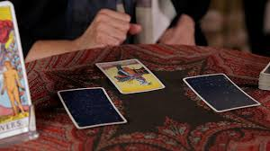 how to do a yes no reading tarot cards