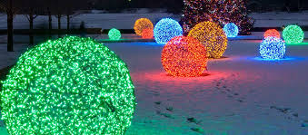 Large Outdoor Christmas Decorations Lights by Your Ultimate Tips On Decorative Outdoor Lighting Front Yard