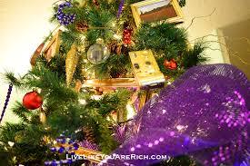 how to decorate your christmas tree like a pro live like you