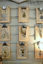 i like those jewelry canvases like artwork could use