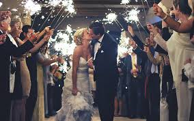 sparklers for wedding our tips for sparklers fireworks at your wedding west