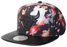 floral snapback mitchell ness chicago bulls black antique floral snapback