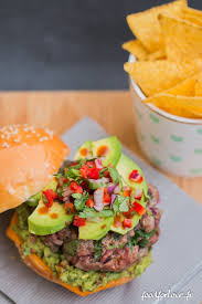 cuisiner mexicain burger mexicain pouvoirs cuisiner et recettes