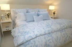decorating with blue u0026 white