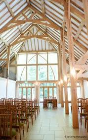 Barn Wedding Venues Berkshire Rivervale Barn Wedding Venue On The Borders Of Hampshire