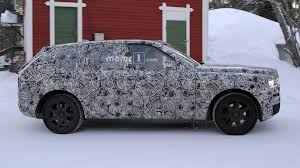 rolls royce cullinan all new 2019 rolls royce cullinan spied bmwcoop