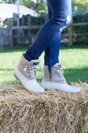 womens duck boots canada best 25 duck boots ideas on bean boots