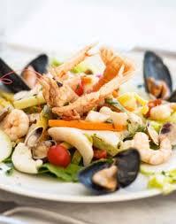 cuisine internationale cuisine traditionnelles et internationale dans un restaurant climatisé
